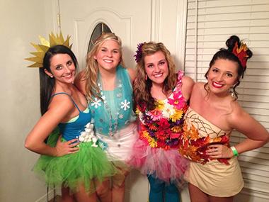 30 Creative Group Halloween Costumes
