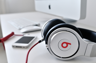 Apple Unveils Big Back to School Deal with Free Beats Headphones