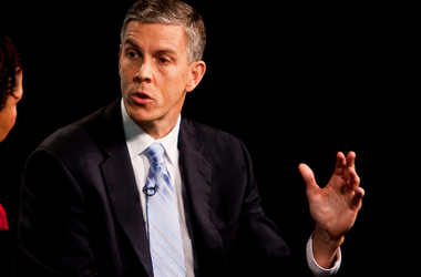 Secretary Duncan Calls for Accountability, Lower Student Loan Debt