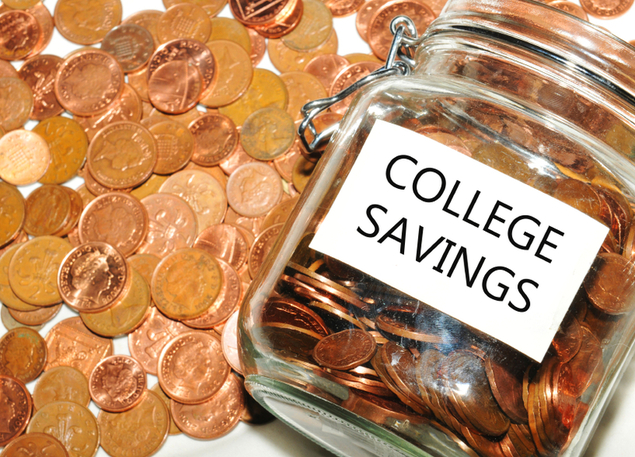 30 Easy Ways to Save Money This Semester