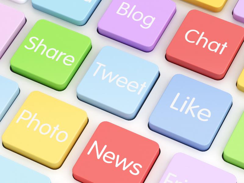 social media internships