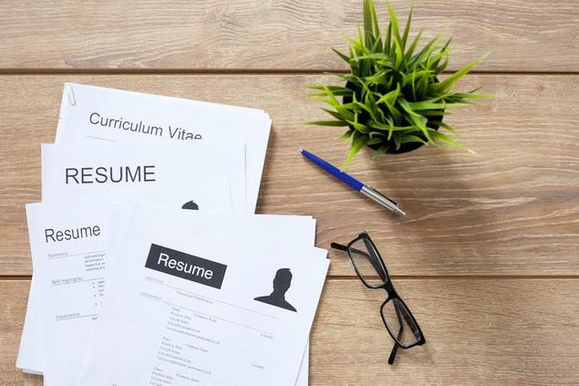 writing your first resumes