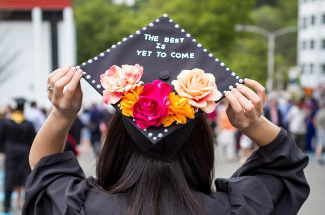 Turn Your Graduation Cap into a Memorable Piece of Art